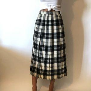 {Vintage} wool pleated skirt